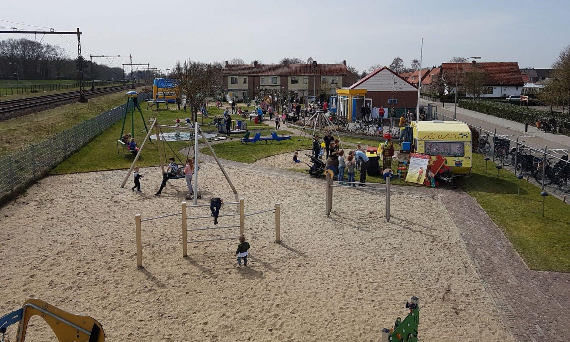 www.speeltuindevogelenzang.nl